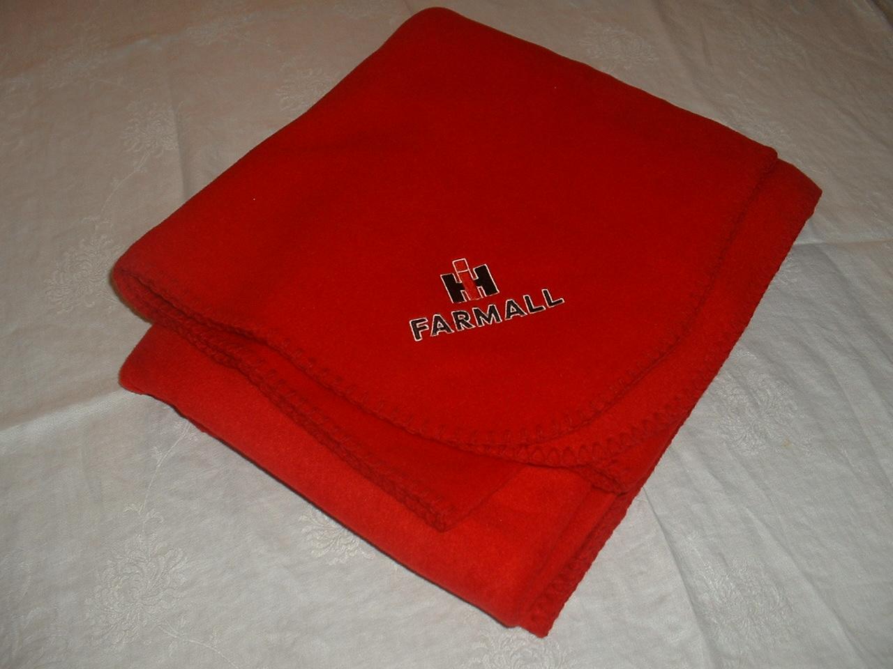 ih-farmall-blanket